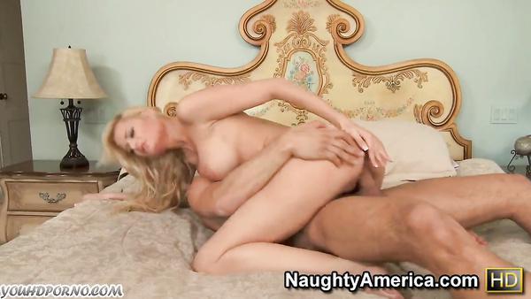 Depraved bitch seduced her mother's friend